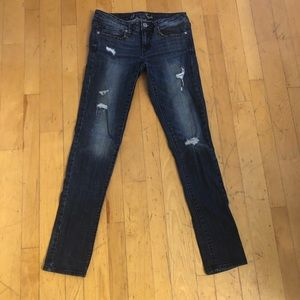 American Eagle 🦅 skinny stretch distressed jeans